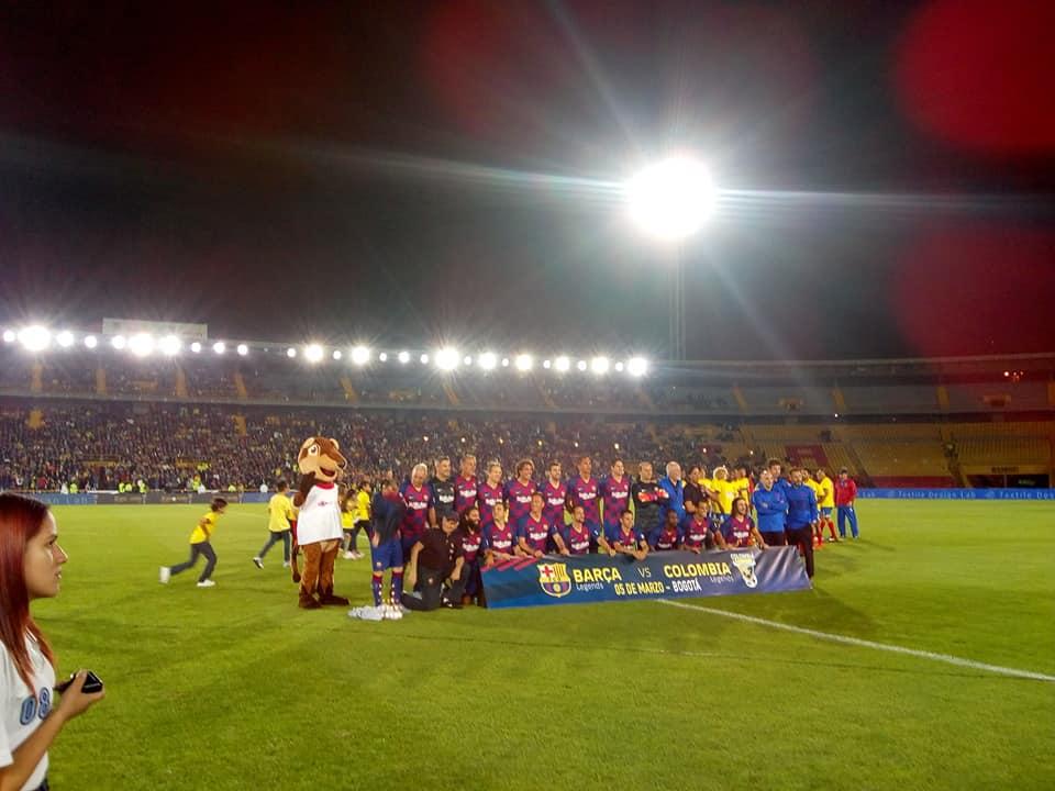 Encuentro entre las leyendas de Colombia y las del Barcelona termino 1-1